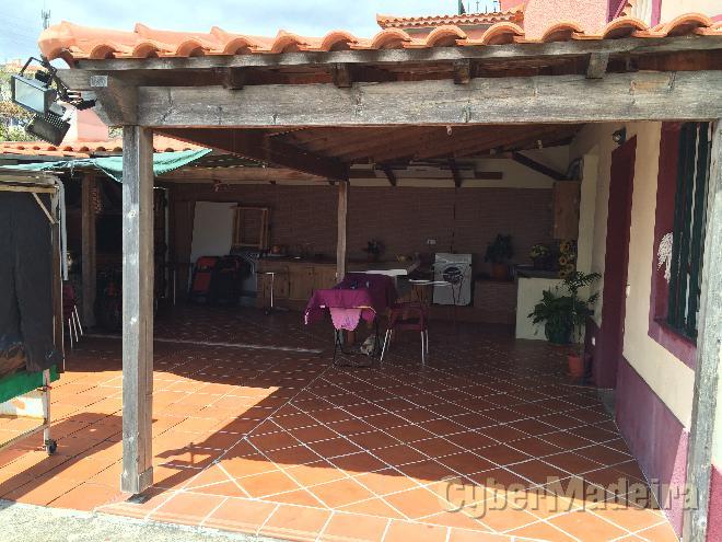 Moradia T3 para Venda São Martinho, Santa Rita