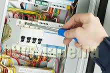Electricidade, canalização, gás E painéis solares