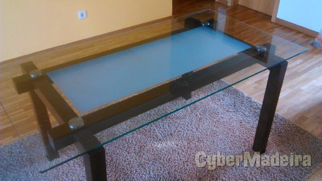 Mesa de jantar wengue E vidro