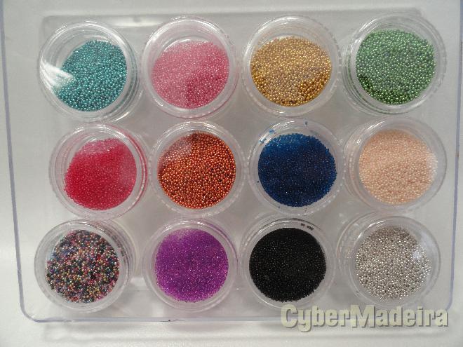 Caviar nail art  decorativo