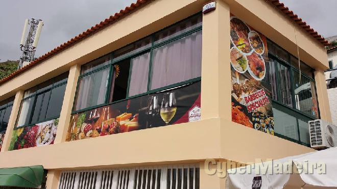 Restaurante sabores na brasa estrada dr Joao Abel de Freitas nº 59 9300-048 Portugal, Ilha da Madeira, Câmara de Lobos, Câmara de Lobos, Centro,