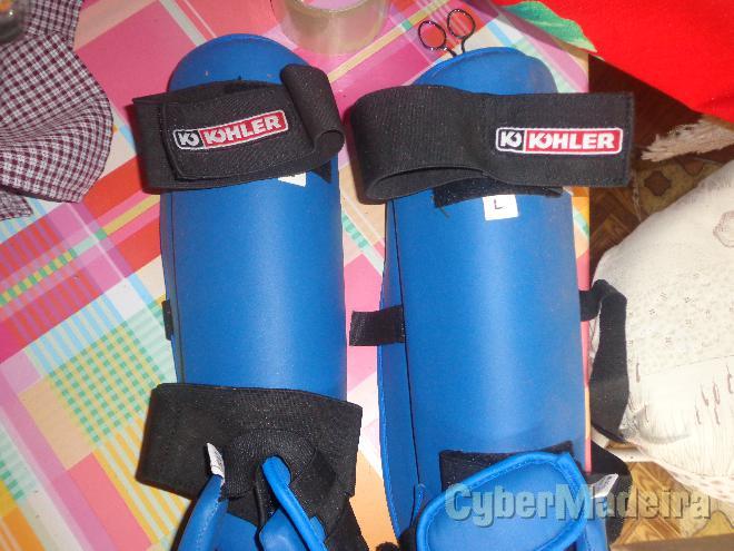 Caneleiras de proteção kikboxe
