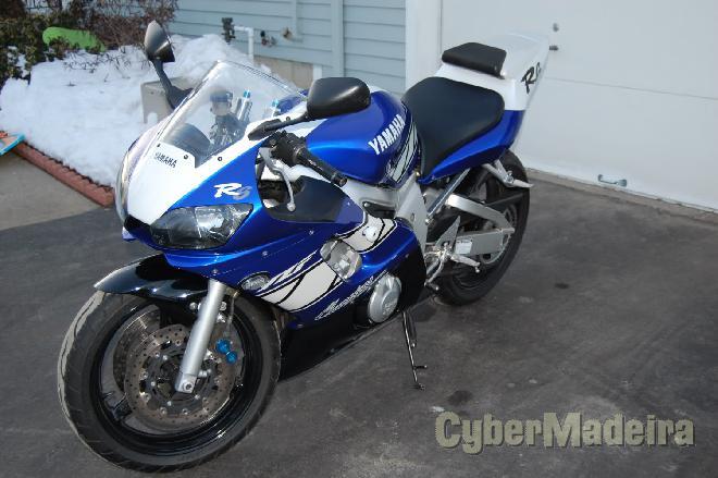 R6 2001