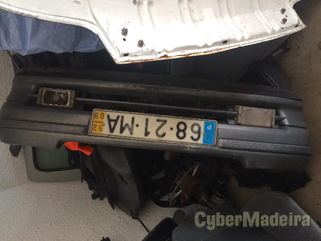 Renault Vendo motor e chapa Clio 1 1.9d. Gasóleo 70