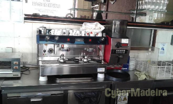 Maquina de café como nova