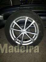 """Jan tes toora R15 4X100 15"""" com pneus"""