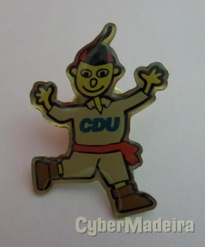 Pin oficial das campanhas da cdu na madeira