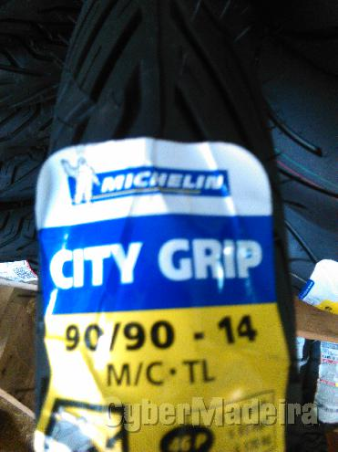 Pneu michelin  90 90-14 city grip