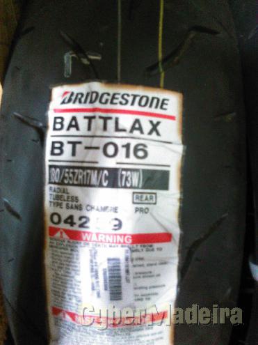 Pneu Bridgestone 100 90-14