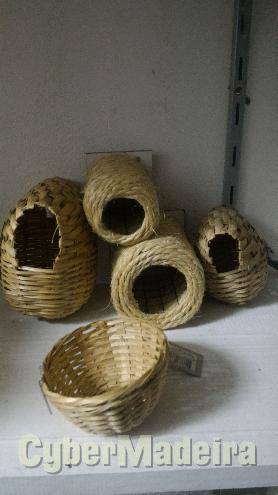 Ninhos corda E bambu