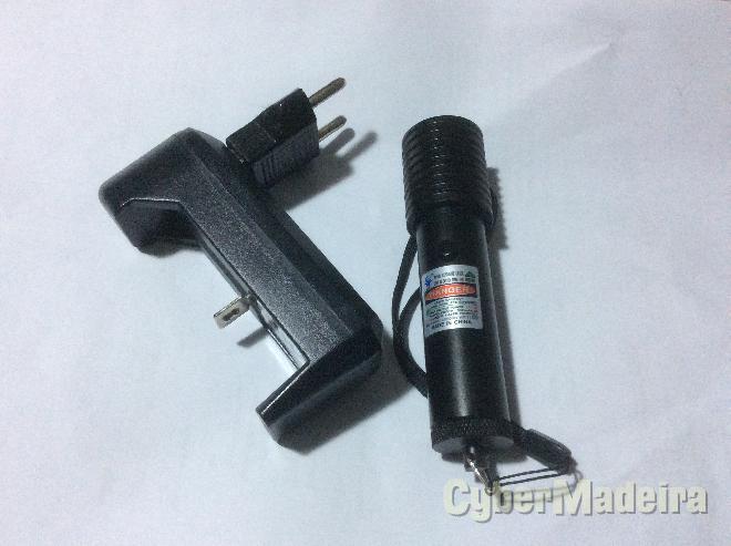 Ponteiro laser verde com bateria recarregável E carregador