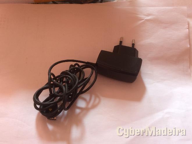 Carregador original samsung ATADS10EBE  5V 700MAH