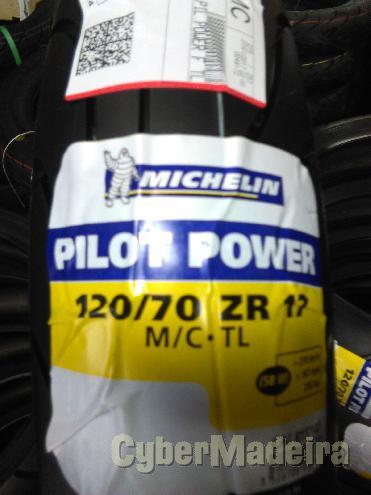Pneu michelin  120 70-17 pilot power