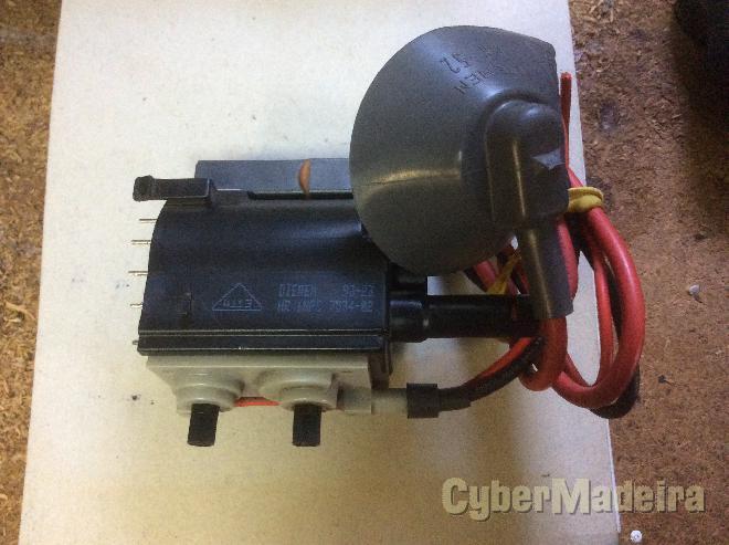 Transformador de linhas HR7534-02