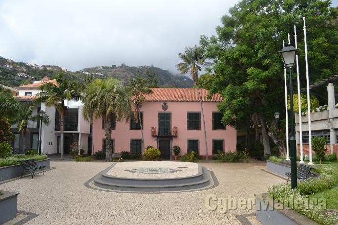 Câmara Municipal da Ribeira Brava