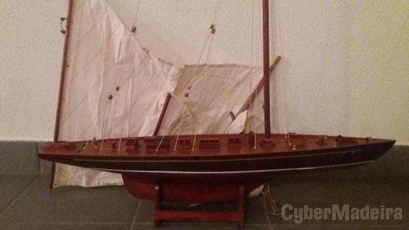 Barco de decoração em madeira  1,20 metros comprimento