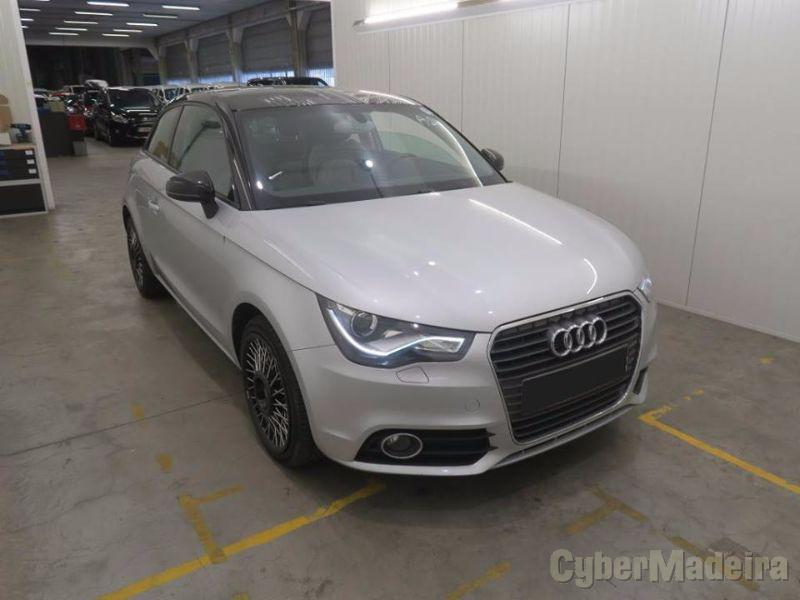 AUDI A1 1.6 TDI AMBITION IN TOUCH CONNECTIVITY Gasóleo