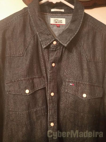 Camisa Jeans Tommy Hilfiger (Regular Fit - L)