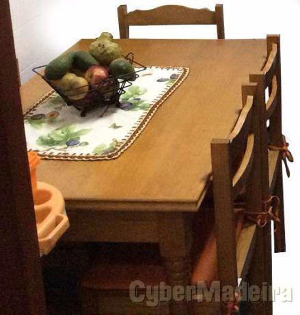 Mesa cozinha + 4 cadeiras