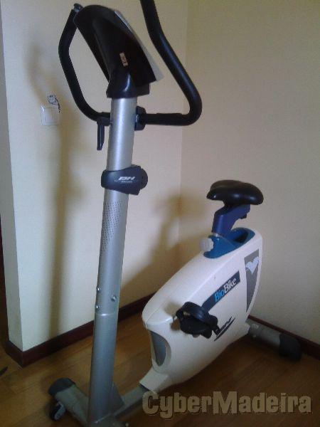 Bicicleta estática bio bike bh fitness. usada