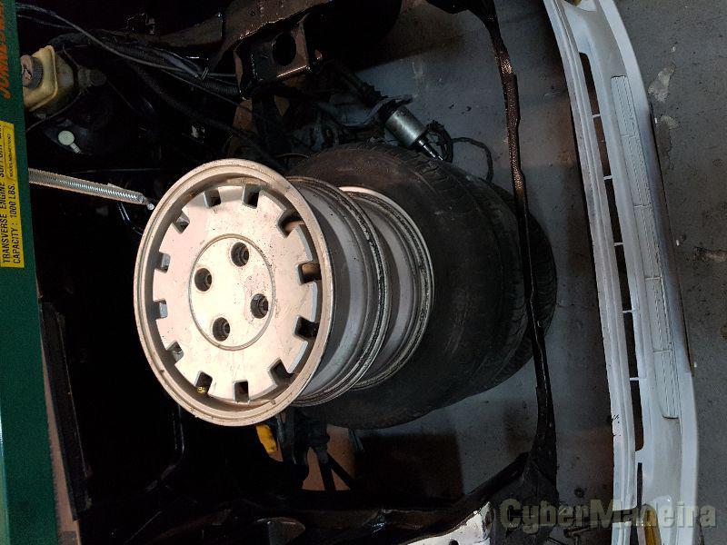 """Jantes peugeot 205 4X108 13"""" com pneus"""