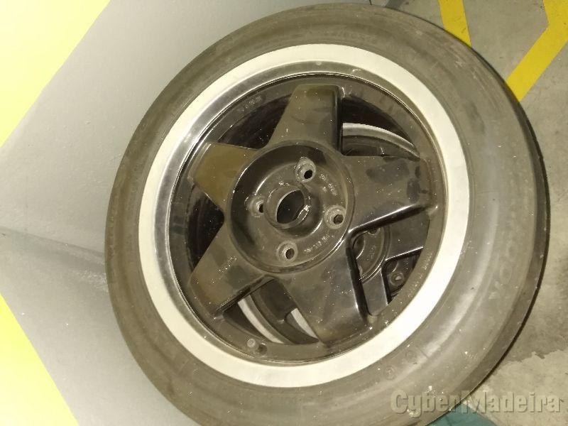 """Jantes15"""" com pneus"""