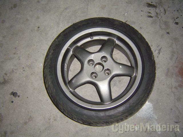 """Oz 16"""" com pneus"""