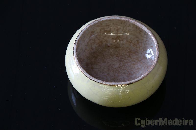 Açucareiro antigo com fio de ouro