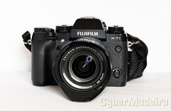 Fujifilm X-T1 + Fujifilm XF 18-55mm F2.8-4 R LM OIS +  2 bateriasFujifilm