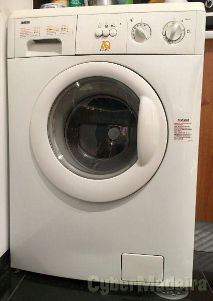 Máquina de lavar roupa > 10 Kg