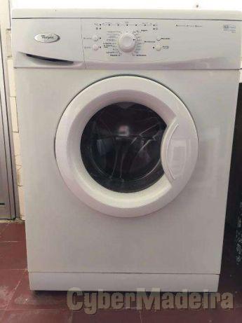 Maquina de lavar roupa marca whirlpool 6 Kg