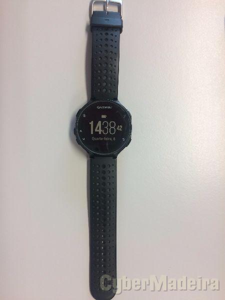Relógio garmin forerunner 235 hrm