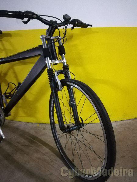 Bicicleta de montanha reforçada