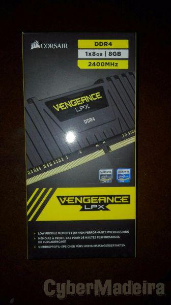 Corsair vengeance black 8GB DDR4 2400MHZ