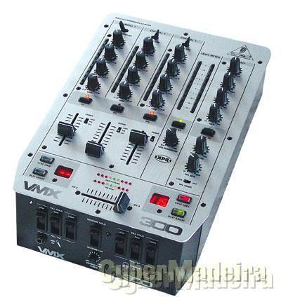 Mesa de som Behringer Pro Mixer vmx 300  rigorosamente nova com caixa,