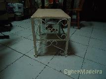 Mesa ferro com tampo mármore