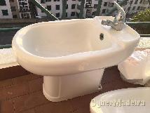 Lava mãos com pedra mármore + bidé + espelho wc
