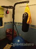 Saco boxe com suporte