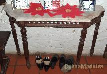 2 mesas ornamentadas antigas com tampo mármore