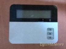 Consola com teclado eclipse LCD32 para alarmes