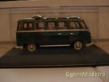 Miniaturas de coleção na escala 1: 43  carrinhas