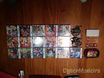 Nintendo ds + 16 jogos + carregador + carregador para O carro + 2 canetas + bolsa nintendo + 3 capinhas para jogos