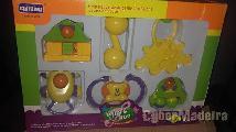 Caixa de brinquedos para bebes nova A estrear