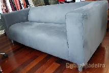 Sofá de elevado conforto - estofado recentemente