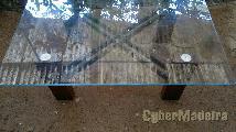 Mesa de centro com vidro