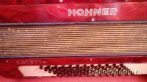 Acordeao hohner arietta