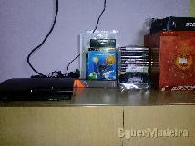 Playstation 3 em excelente estado com jogos  comandos cabos E variás outras coisas