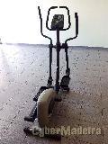 Maquina de ginásio - passadeira elíptica