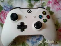 Comando xbox one +kit and  play ¢harge+pen wirelless E bateria