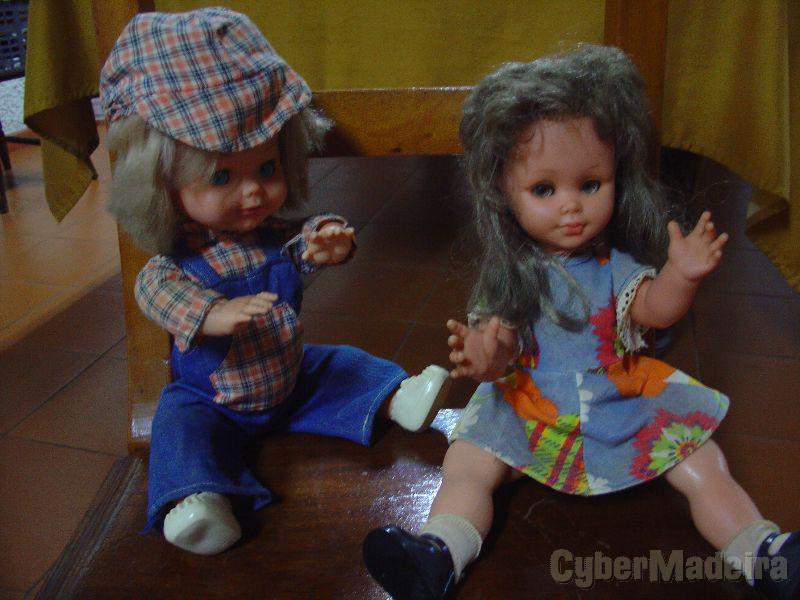 4 Bonecas com mais de quarenta anos